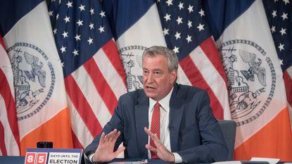 'It's a warning light': Mayor de Blasio talks about COVID outbreak in Brooklyn