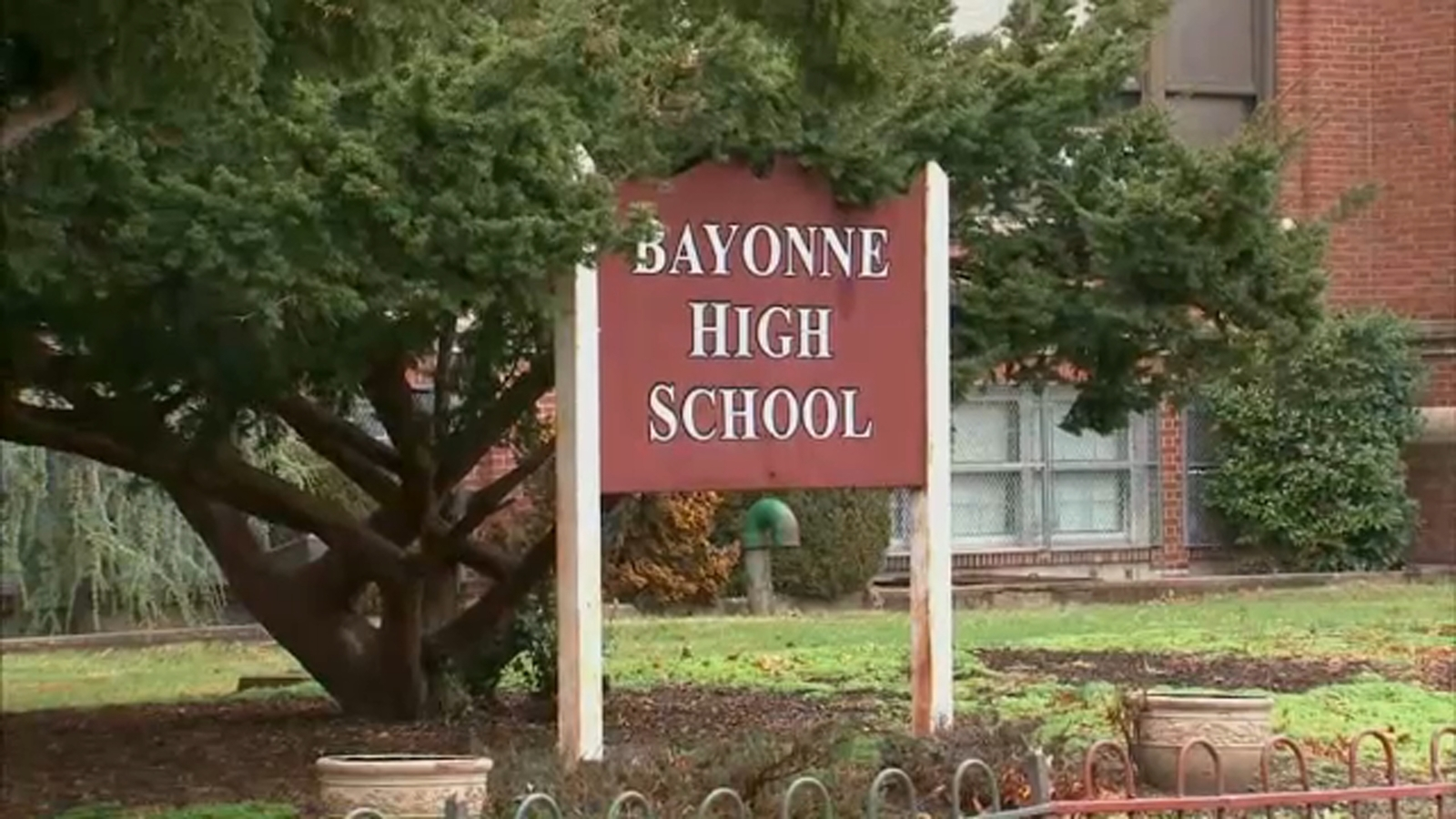 Debate over mask wearing in schools in New Jersey, even after some COVID outbreaks