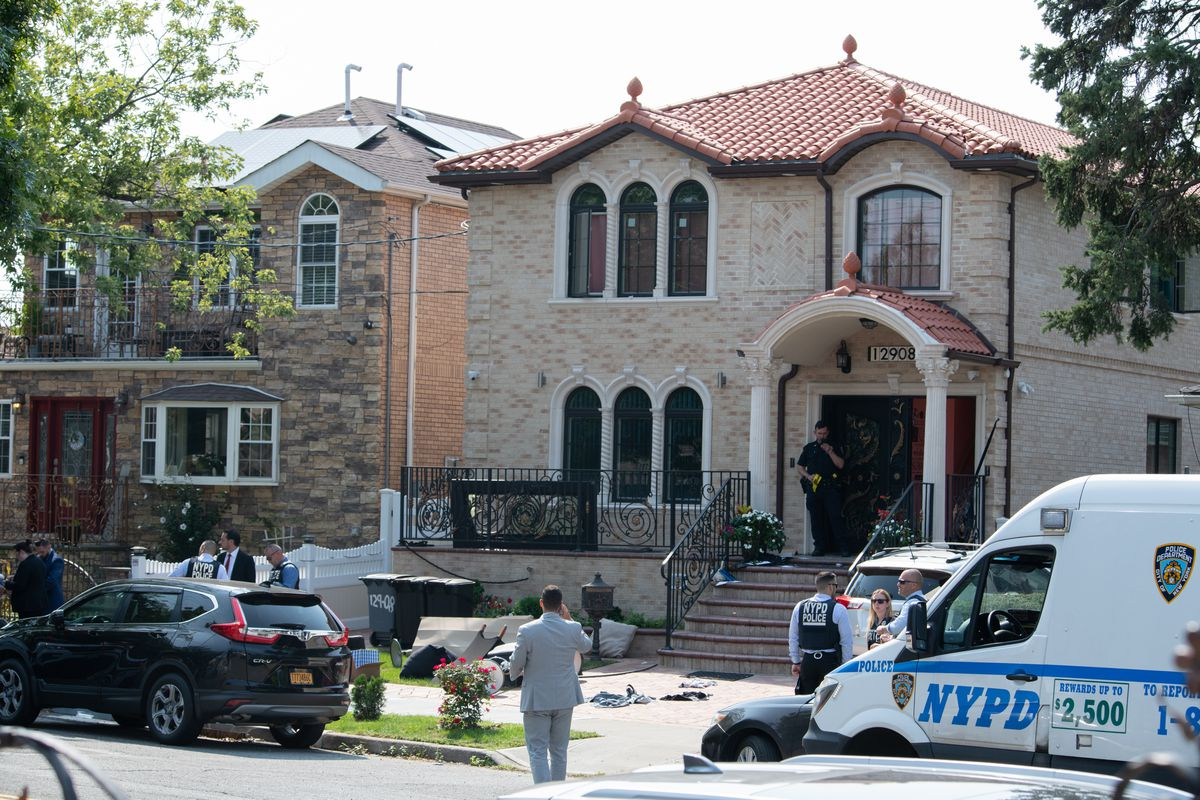 Jealous husband of NYPD cop is wounded in gunfight with police after threatening wife with her own service weapon