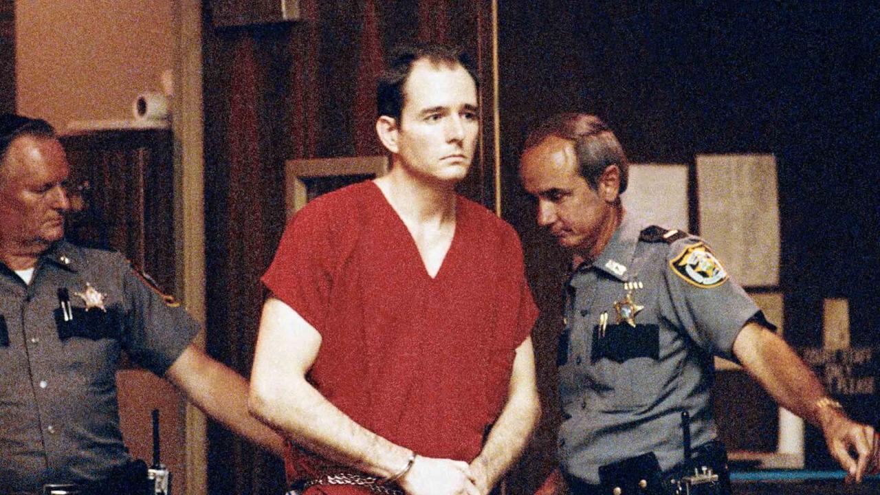 Multiple cold cases solved after plane crash victim identified as Florida serial killer