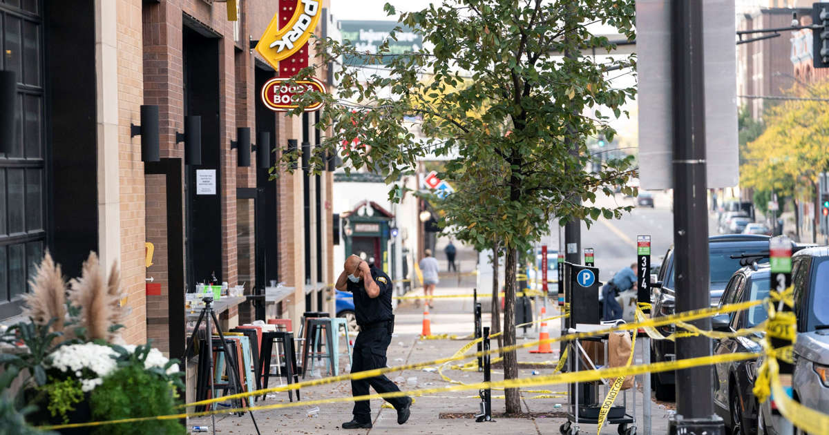 'Horrific' shooting at St. Paul bar leaves 27-year-old woman dead, 14 injured including 3 suspects